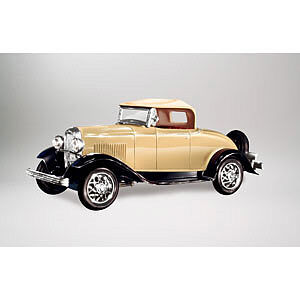 Lindberg 1932 Ford B Roadster (Re-Issue) -- Plastic Model Truck -- 1/32 Scale -- #72150