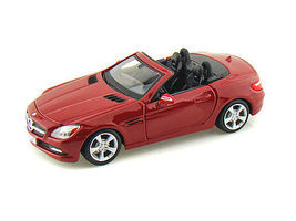 Maisto 2011 Mercedes Banz SLK Convertible (Red) Diecast Model Car 1/24 Scale #31206red