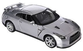 Maisto 2009 Nissan GT-R (Met. Silver) Diecast Model Car 1/24 scale #31294slv