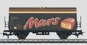 Marklin Reefer Car - Mars HO Scale Model Train Freight Car #44188