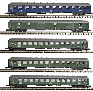Marklin, Inc Express Train 5-Car Set German Federal Railroad -- Z Scale Model Train Passenger Car -- #87400