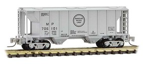Micro-Trains PS-2 70-Ton 2-Bay Covered Hopper - Ready to Run Missouri Pacific 706101 (gray, black, Buzz Saw Logo) - Z-Scale