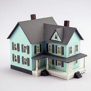 Model Power Grandma's New House Built-Up -- N Scale Model Railroad Building -- #2617