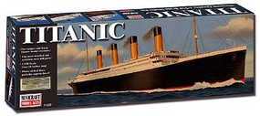 Minicraft 1/350 RMS Titanic Ocean Liner Deluxe Edition w/Photo-Etch