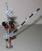 NJ Pedestal-Type Crossing Gate Signals - Assembled HO Scale Model Railroad Accessory #1167