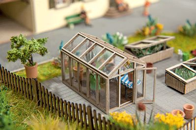 Noch GMBH & Co. Greenhouse Kit -- HO Scale Model Railroad Accessory -- #14357