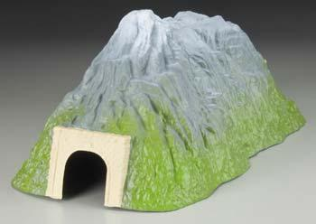 Pegasus Hobbies Long Straight Tunnel -- Model Railroad Tunnel -- N Scale -- #6402