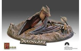 Pegasus Dragonslayer Pre-Built Plastic Model Diorama 1/32 Scale #9921