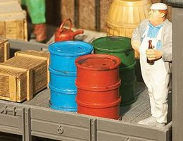 Pola Oil Barrels 2/ & Oil Can - G-Scale
