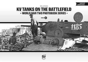 Peko KV Tanks on the Battlefield WWII Photobook Series (Hardback)