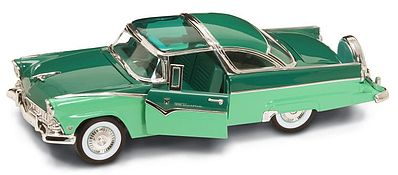 Road Legends 1955 Ford Crown Victoria (Green) -- Diecast Model Car -- 1/18 Scale -- #2138grn