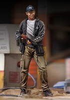 Royal-Model 1/35 Zombie Hunter Man w/Gun (Resin)