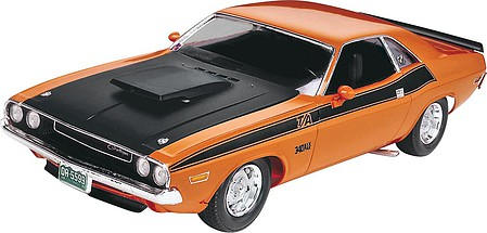 Revell-Monogram 1970 Challenger 2'n 1 -- Plastic Model Car Kit -- 1/24 Scale -- #852596