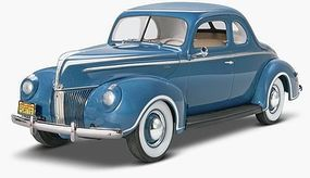 Revell-Monogram 1940 Ford Standard Coupe Plastic Model Car Kit 1/25 Scale #4371