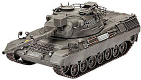 Revell-Germany Leopard 1A1 1-35