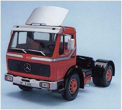 Mercedes Benz 1628 Spoiler Plastic Model Vehicle Kit 1 25