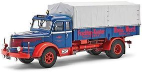 Revell-Germany Krupp Titan SWL80 Long Haul Truck Plastic Model Truck Kit 1/24 Scale #07559