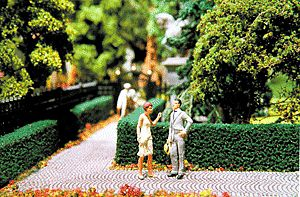 Scenic Express Ornamental Hedges & Shrubbery - Boxwood Hedges (green) -- Model Railroad Scenery Supplies -- #510