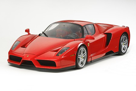 Tamiya Enzo Ferrari -- Plastic Model Car Kit -- 1/12 Scale -- #12047