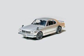 Tamiya Nissan Skyline 2000 GT-R Sportscar Plastic Model Car Kit 1/24 Scale #24194