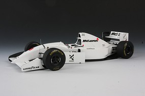 Tamiya McLaren Ford MP4/8 Formula One F1 Racecar Plastic Model Car Kit 1/20 Scale #25172