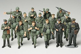 Tamiya WWII German Infantry on Manuevers Crew Plastic Model Military Figure Kit 1/48 Scale #32530