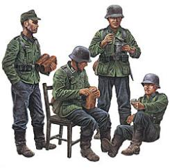 Tamiya German Soldiers at Rest -- Plastic Model Military Figure Kit -- 1/35 Scale -- #35129