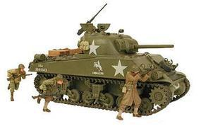 Tamiya M4A3 Sherman 75mm Tank Plastic Model Military Vehicle Kit 1/35 Scale #35250