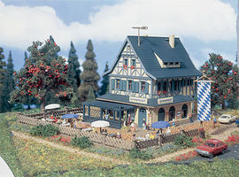 Vollmer Country Inn w/Beergarden Kit N Scale Model Railroad Building #47698