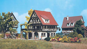 Vollmer Half Timber Inn Sonne Z Scale Model Railroad Building #49533