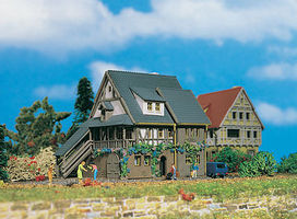 Vollmer Wine Store Z Scale Model Railroad Building #49547