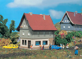 Vollmer Family House Z Scale Model Railroad Building #49554