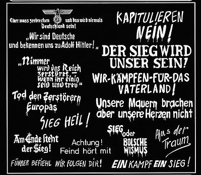 Verlinden Productions WWII German Wall Slogans -- Plastic Model Military Decal -- 1/35 Scale -- #0165