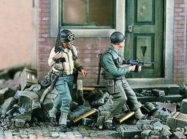 Verlinden WWII US Rangers Set I (2) Resin Model Military Figure Kit 1/35 Scale #1928