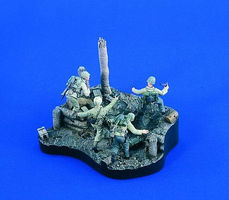 Verlinden Marines into the Beach Resin Military Diorama Kit 1/35 Scale #1937