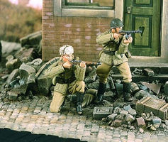 Verlinden Soviet Street Fighters Resin Model Military Figure Kit 1/35 Scale #2048