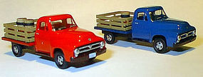 Williams-Brothers Ho 53 STAKE TRUCK