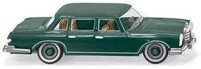 Wiking Mercedes-Benz 600 Sedan Assembled Green HO Scale Model Railroad Vehicle #15603