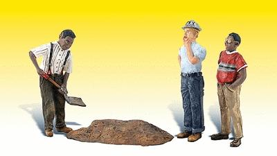 Woodland Scenics Scenic Accents Whistle While He Works -- G Scale Model Railroad Figures -- #2568