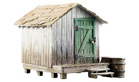 Woodland Wood Shack - Built-&-Ready(R) Landmark Structures(R) Assembled - N-Scale
