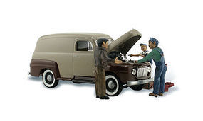 Woodland AutoScenes Carburetor Chaos Delivery Van with Figures N Scale Model Railroad Vehicle #as5340