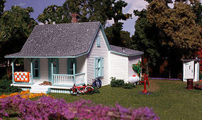 Woodland Pre-Fab Country Cottage HO Scale HO Scale Model Railroad Building #pf5186