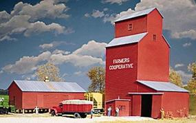 Walthers Farmers Cooperative Rural Grain Elevator Kit Elevator HO Scale Model Railroad Building #3036