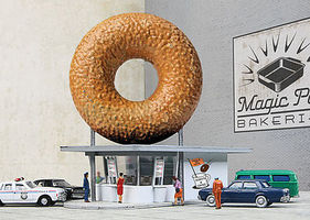 Walthers Hole-In-One Donut Shop - Kit N Scale Model Railroad Building #3835