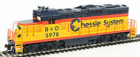 Walthers-Trainline EMD GP9M Standard DC Chessie System #5978 HO Scale Model Train Diesel Locomotive #452