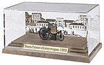 Benz Patent Motorwagen w/Display Case -- HO Scale Model Railroad Vehicle -- #40003