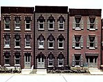 Townhouse Flats/3 Fronts Kit -- HO Scale Model Railroad Building -- #woo11400