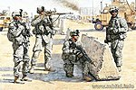 US Soldiers Check Point Iraq (4) -- Plastic Model Military Figure -- 1/35 Scale -- #3591