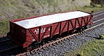 White Sand Loads Intermountain Caswell Gondola -- HO Scale Model Train Freight Car Load -- #81656