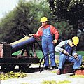 Modern US Track Welder & Helper with Hardhats -- Model Railroad Figures -- G Scale -- #45076